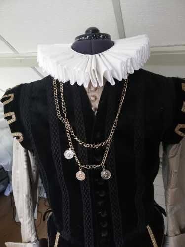 De 'Making off' van het kostuum van Mondragon